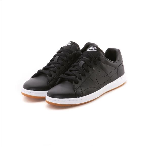 nike tennis classic ultra leather women's shoe